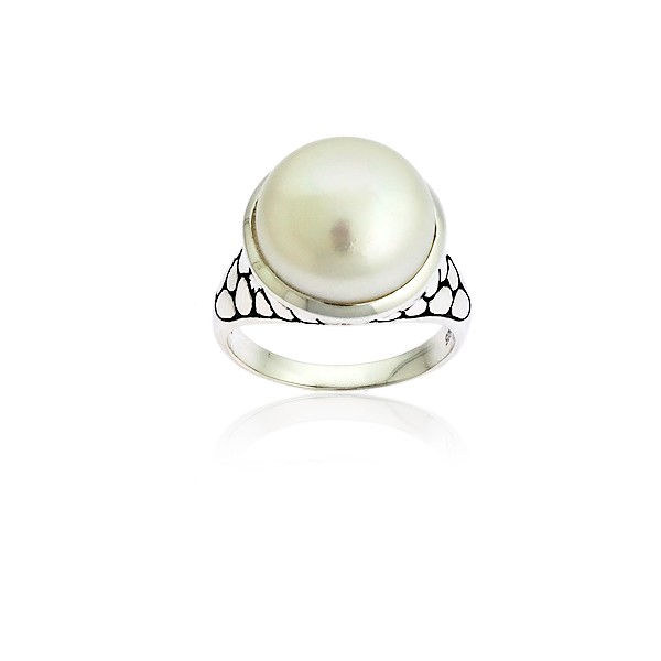 Sterling Silver Pebble Look With  Large Center Pearl Ring